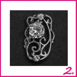 Biżuteria na paznokcie 3D z cyrkoniami 02