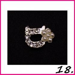 Biżuteria na paznokcie 3D z cyrkoniami 18